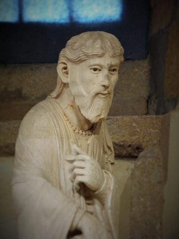 St André - Mausolée de St Lazare - Musée Rolin
