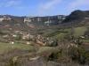 08-09 Après-midi, fouilles dans les argilites du toarcien supérieur: vue sur le village.