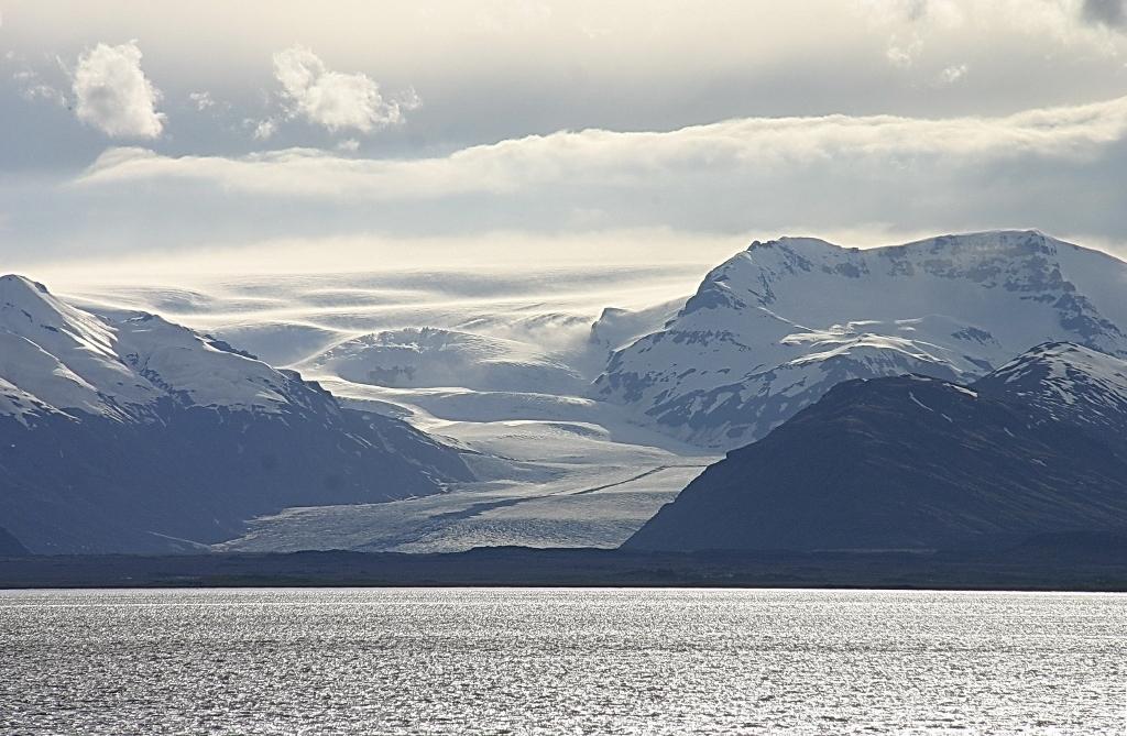 7- Près d'Höfn trois glaciers aboutissent côte à côte à la mer
