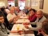 Au restaurant, kir en apéritif en attendant un menu typiquement bourguignon.....