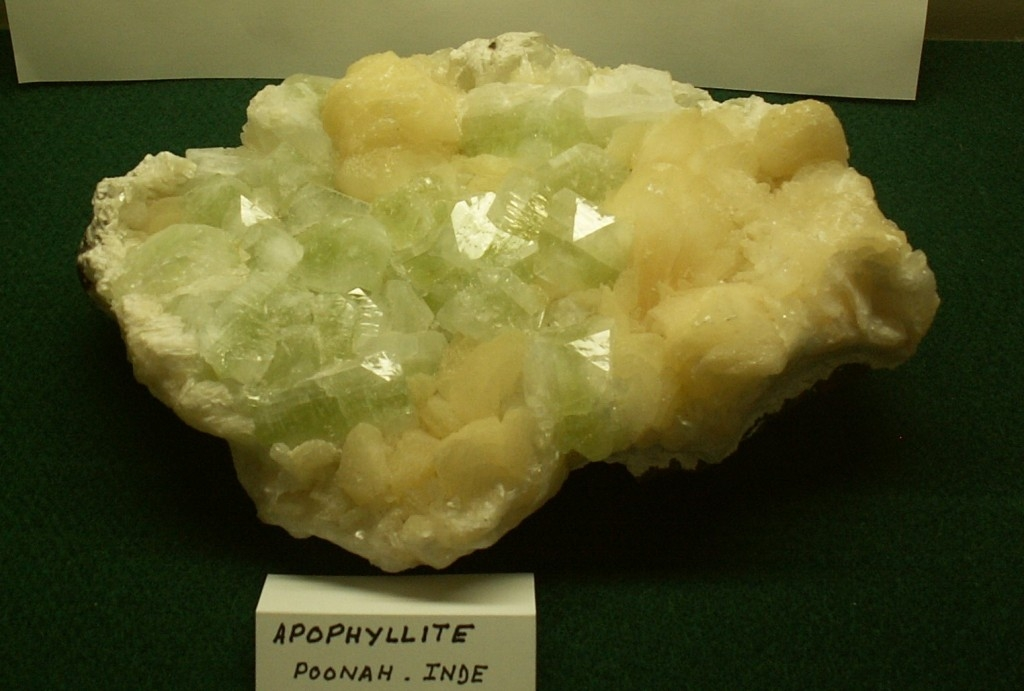 Photo MN : Apophyllite - Poonah -Indes