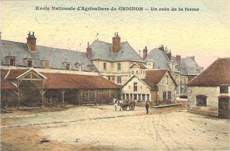 Grignon - Un coin de la ferme
