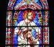 Saint Luc juché sur les épaules du prophète Jérémie - Lancette sous la rosace de la façade sud - Crédit Jean-Yves Cordier.