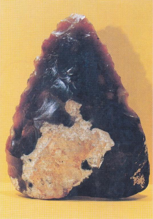 Paléolithique moyen, biface de Soissons (02)