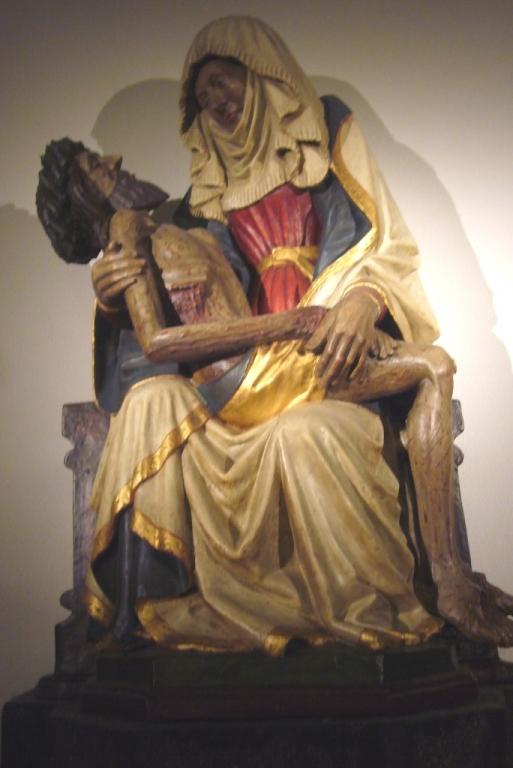 BD-MariaLaach-Pieta