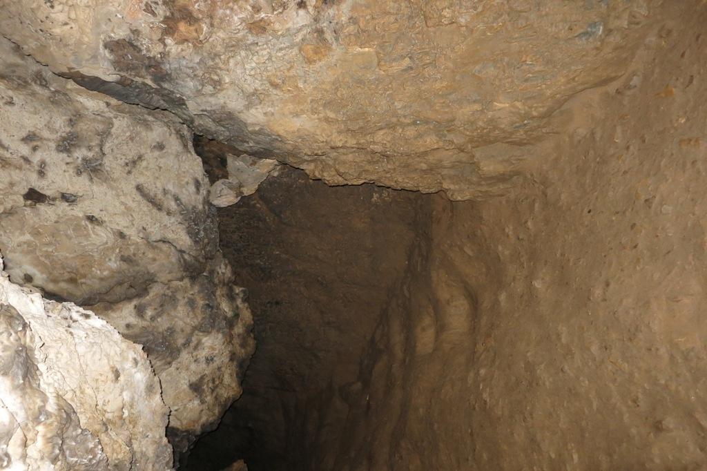 DP_Dolomites de Gerolstein, Buchenloch-Höhle3