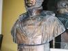 Buste d'Auguste Bella premier Directeur de  l'Institution Royale Agronomique de Grignon de 1827 à 1850. Bibliothèque de l'école.