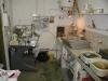 Vue droite de l'atelier - La polisseuse à droite a été donnée par JP Roucan. mars 2001