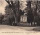 Grignon - Monument des professeurs. Carte postale collection Maryse Le Gal